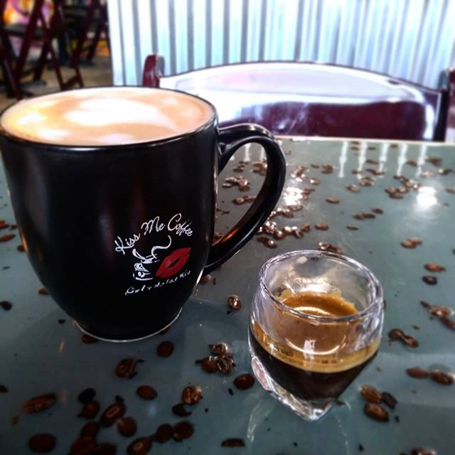 Need an extra pick-me-up this morning? Free shot Monday is here to save the day.  #specialtycoffee #kissmecoffee #caffeine #goodmorning #extract