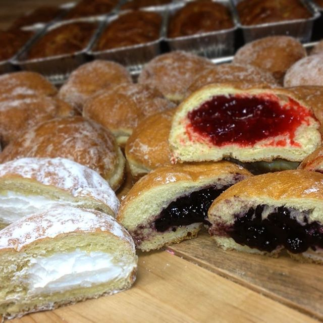 It's Fat Tuesday...March 5th...PACZKI TIME!!!!! Stop by to place your preorers for half or full dozen Cops & Doughnuts pączki by March 3rd! Have your pick of 8 unique pączki- powdered, glazed, frosted and filled with custard, raspberry, Holland cream, apple, prune, lemon, strawberry or blueberry! Pickup on March 5th starts at 6:00am. Delivery available to local businesses. Single pączki will be available in store. Don't miss out on the best pączki in the state!  @copsanddoughnuts #paczki #polish #copsanddonuts #kissmecoffee #specialtycoffee #fattuesday #mardigras
