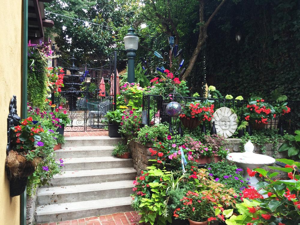 courtyard-7.jpg