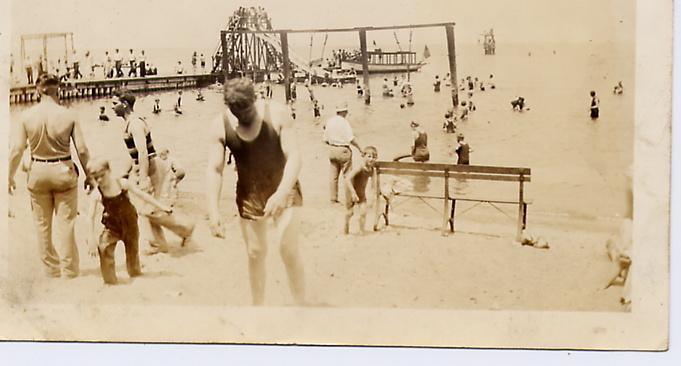Beach 1920's.jpg