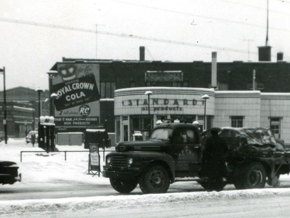 Bercik's Service Station at the corner of 119th and Indianapolis Boulevard was one of several automotive related businesses on 119th Street. In the past there were repair shops, auto dealerships, auto parts, and other gas stations.
