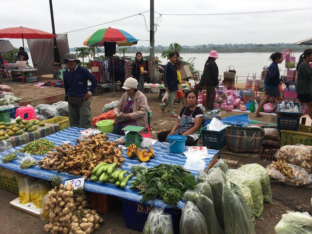 market scene.jpg