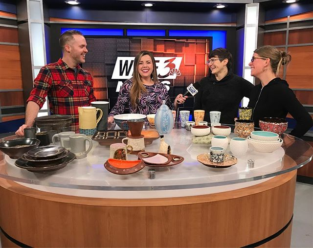 I was on @wave3news in Louisville this morning with these lovely humans. We were talking about @sxpottery - hope to see you all there tonight and tomorrow! . #courtneymartinpottery #womenwhowoodfire #southerncrossingspotteryfestival #wave3news #tvstar #pottery #buyhandmade