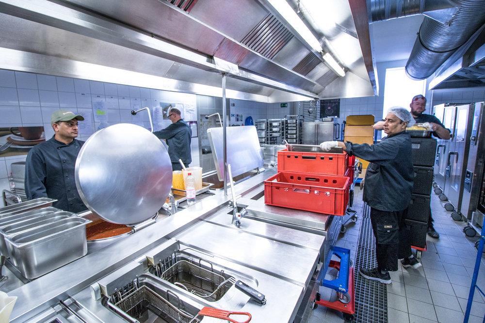 Rent A Cook by Dirk Behlau -3371.jpg