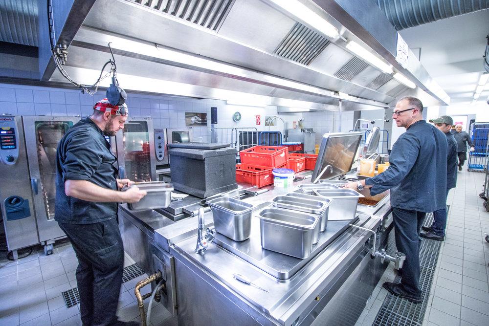 Rent A Cook by Dirk Behlau -3389.jpg