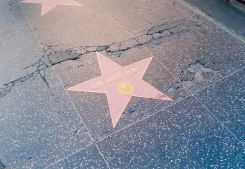 Hollywood Sinkhole -