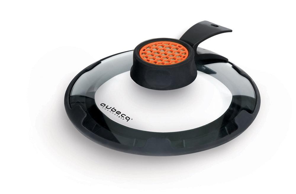 FILTRE ANTI-ODEUR - Le filtre au charbon actif permet de réduire nettement les odeurs pendant la cuisson.Ce filtre est fabriqué en Europe et répond aux normes de l'Union Européenne.• Filtre rechageable• Permet de diminuer les odeurs de cuisson