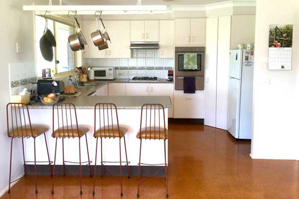 Waterfall Way Farmstay — well-equipped kitchen