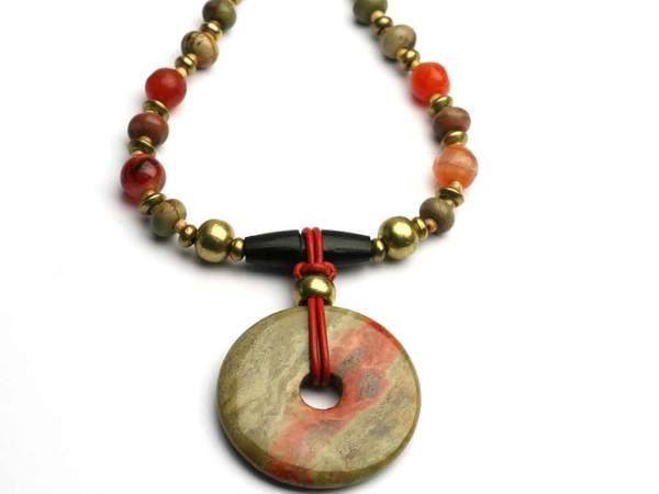 unakite-pendant-with-beads_e4986348-2f57-4aff-8301-830f21a73bbe_grande.jpg