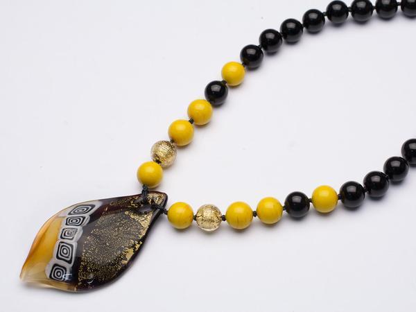 yellow-murano-pendant_grande.jpg