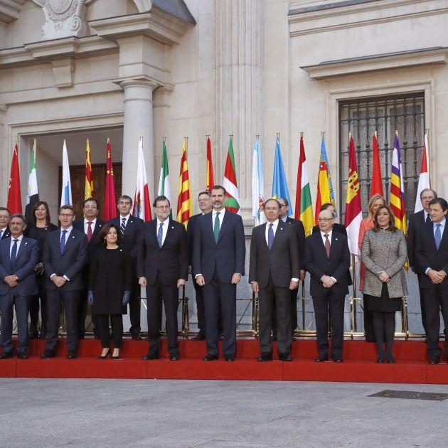 El Rey, el anterior gobierno y los presidentes autonómicos.