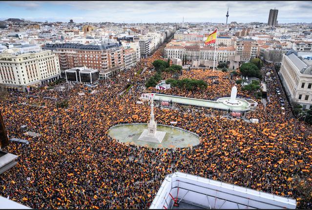 Plaza de Colón Domingo, 10 de febrero 2019