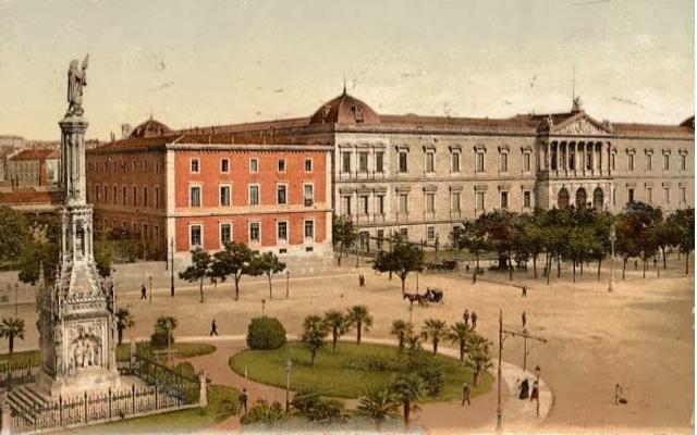 Plaza de Colón Madrid. Arturo Mélida (entre 1881-1885). Monumento estilo Neogótico.
