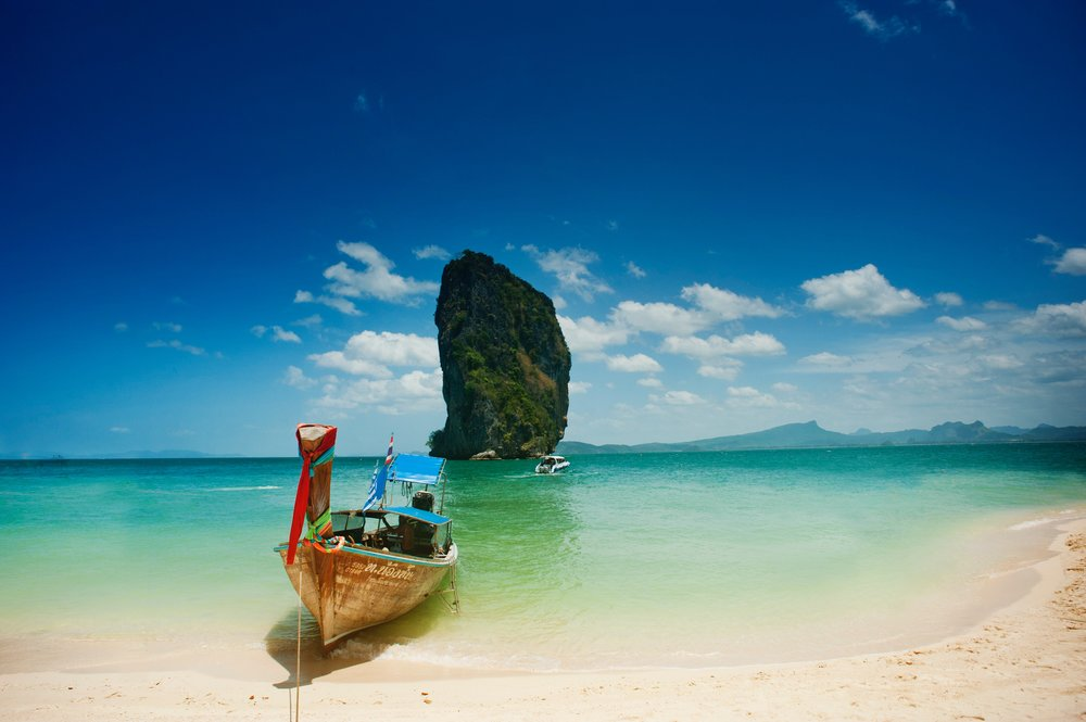 background-beach-blue-sky-1007657.jpg