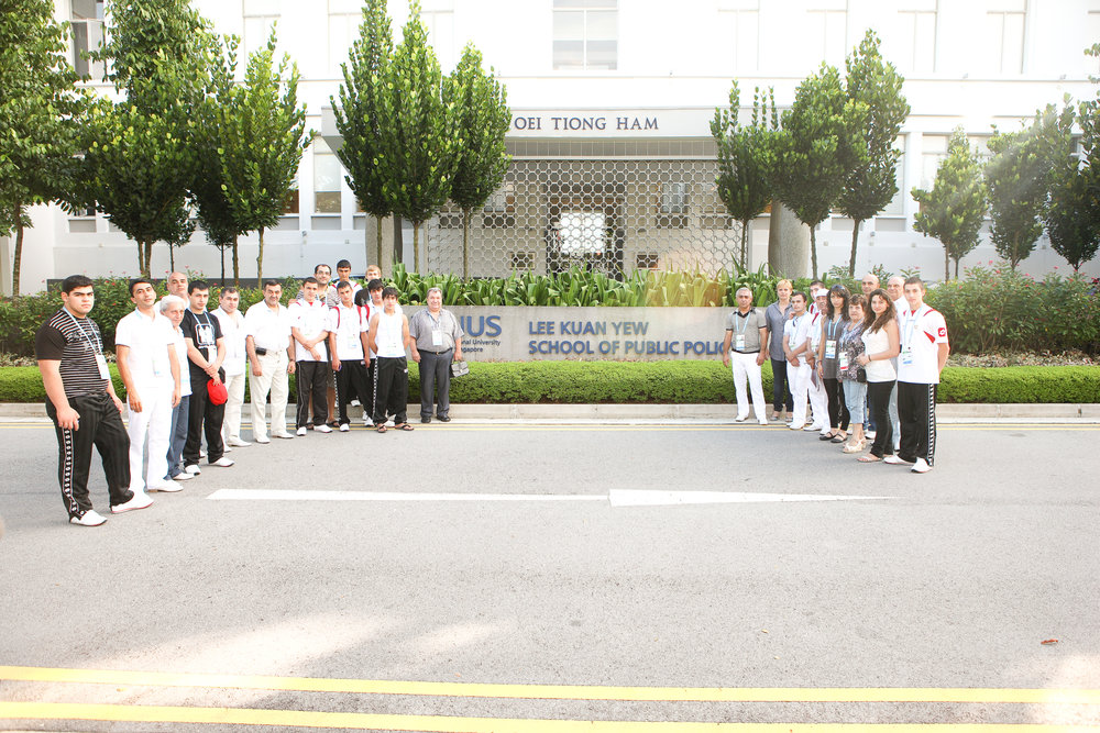 armenian-youth-olympic-team-at-lee-kuan-yew-school-of-public-policy.jpg