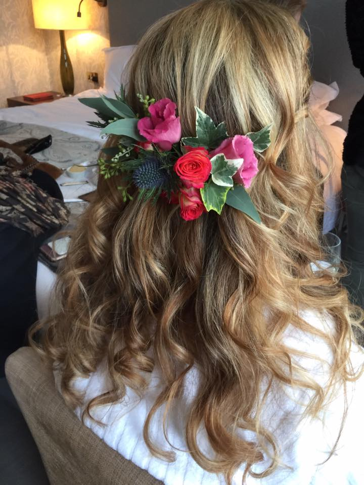 themadeup-team-flowers-in-hair.jpg