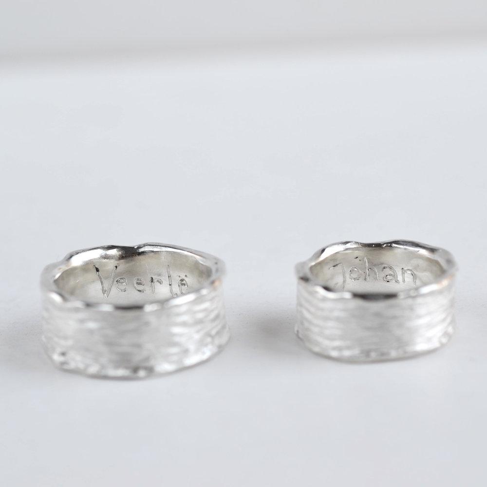 gravure met hand gekraste ringen.jpg