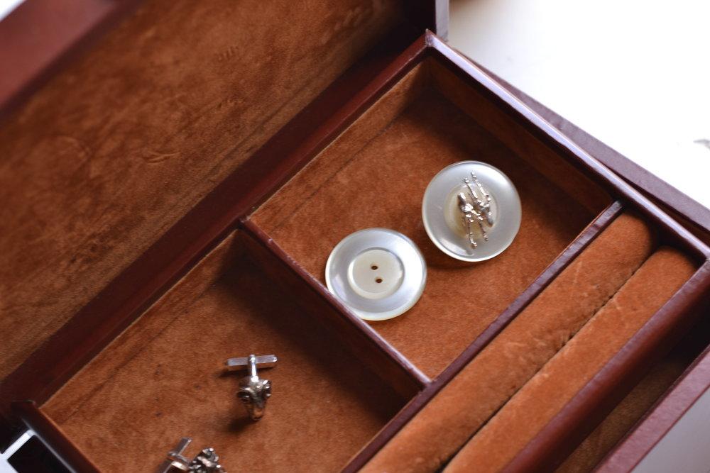 ear studs button jewelry box