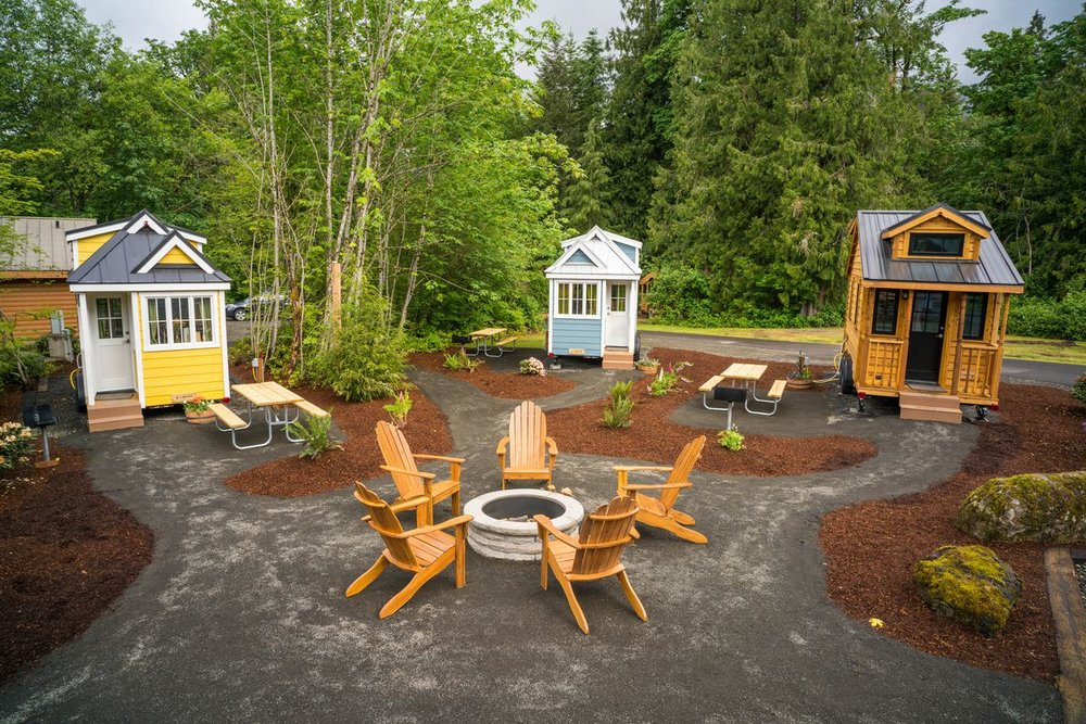 Photo of a tiny home village in Oregon. Why not on Salt Spring?