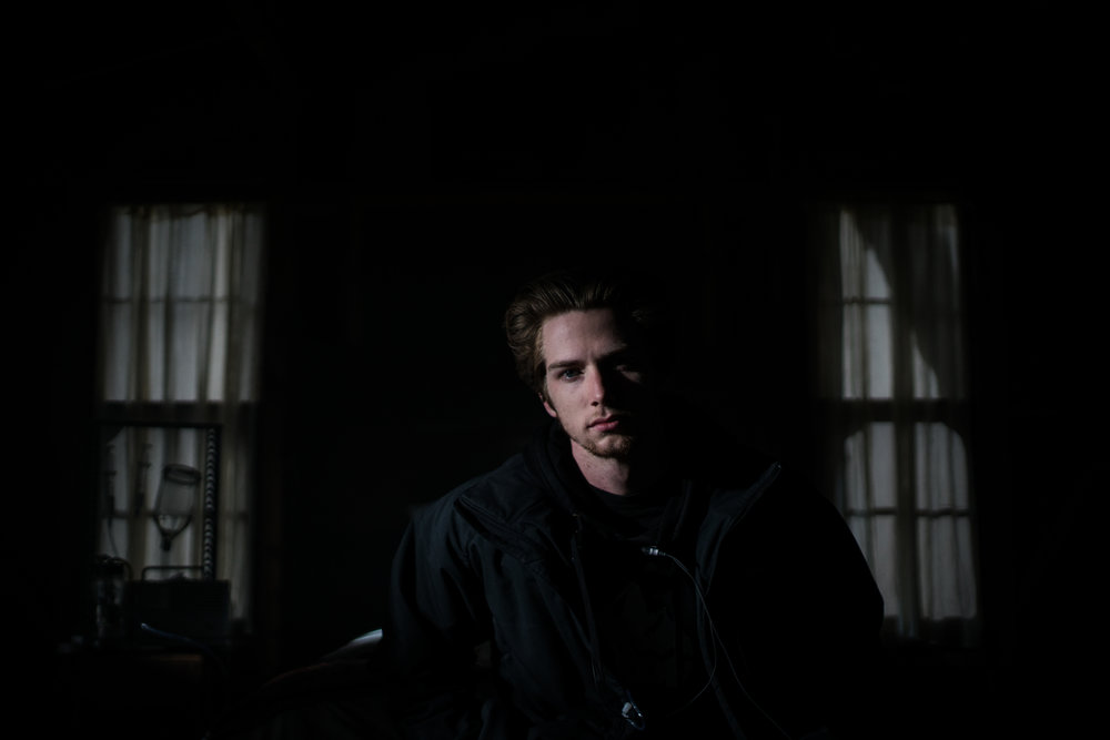 Dir. Grayson Whitehurst on a silhouette of Alice's bedroom.