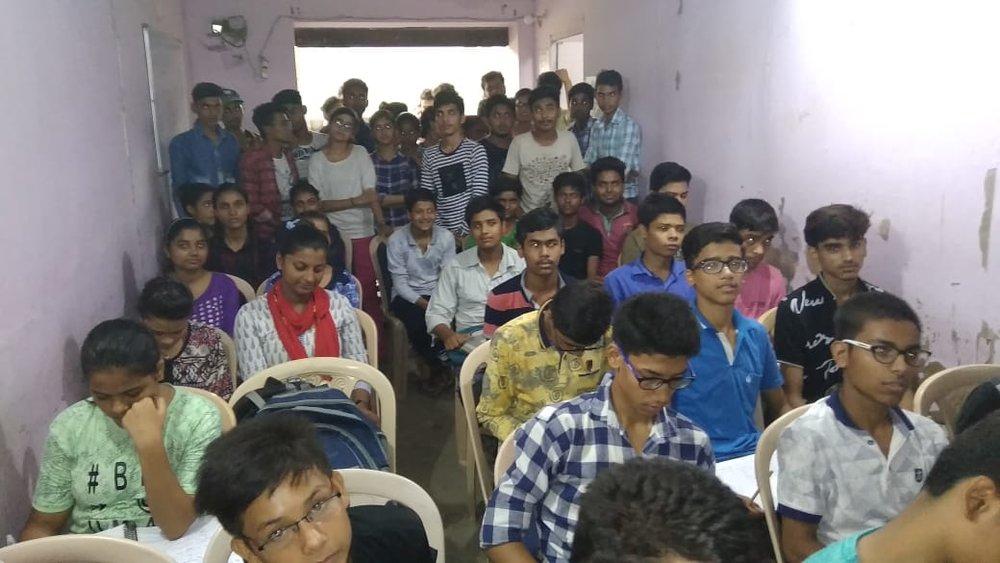 Daksh coaching centre palla gaon Faridabad.jpeg