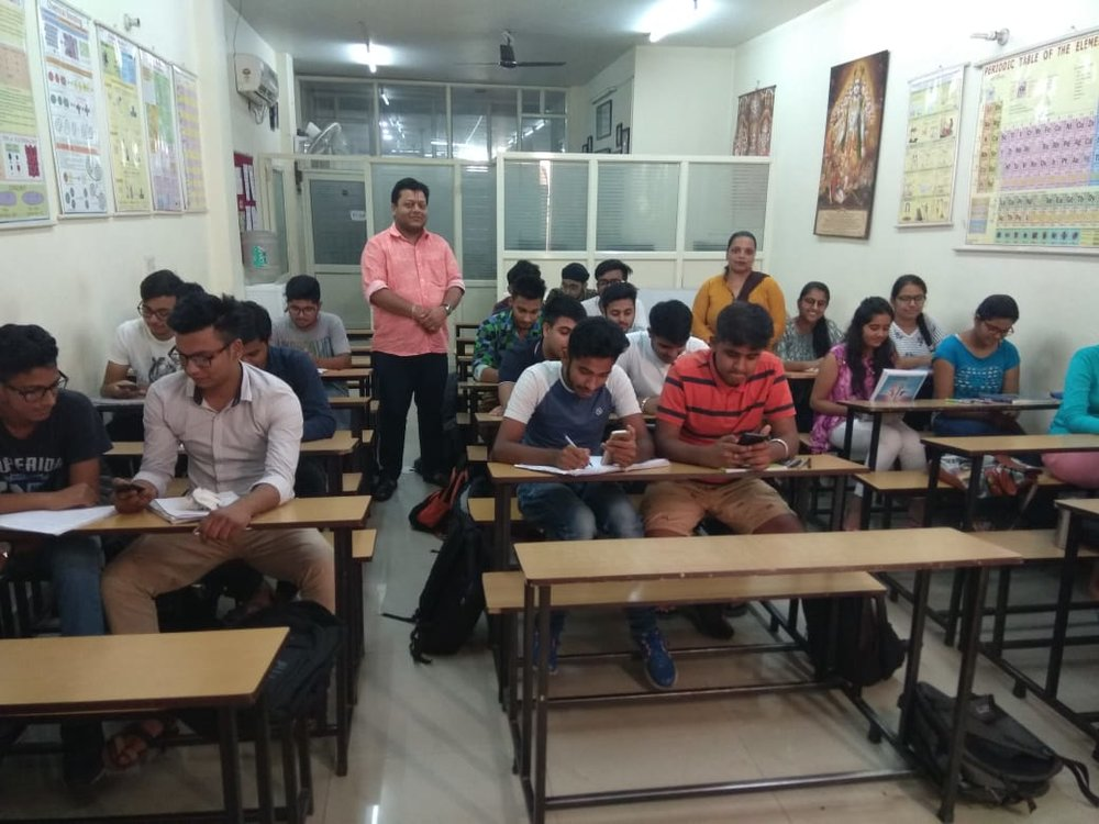 Chemistry matters institute of dr.sahas agarwal Jalandhar.jpeg