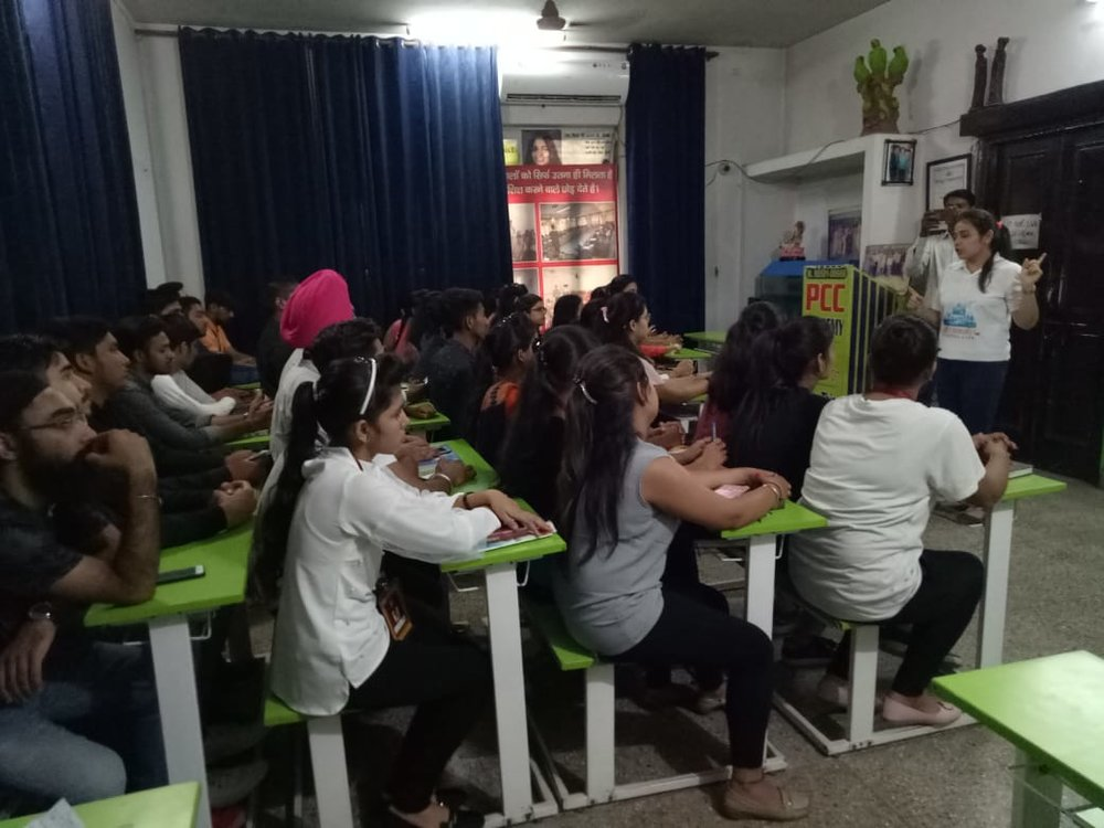 Topper Academy Panipat.jpg