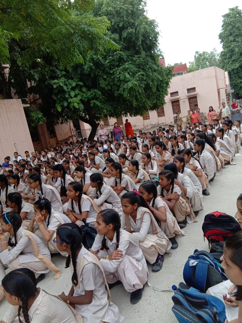 Sarvodhya kanya No.2 kalkaji Delhi.jpeg