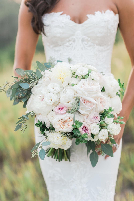 Dress: Inbal Dror, Bouquet: David Beahm Experiences