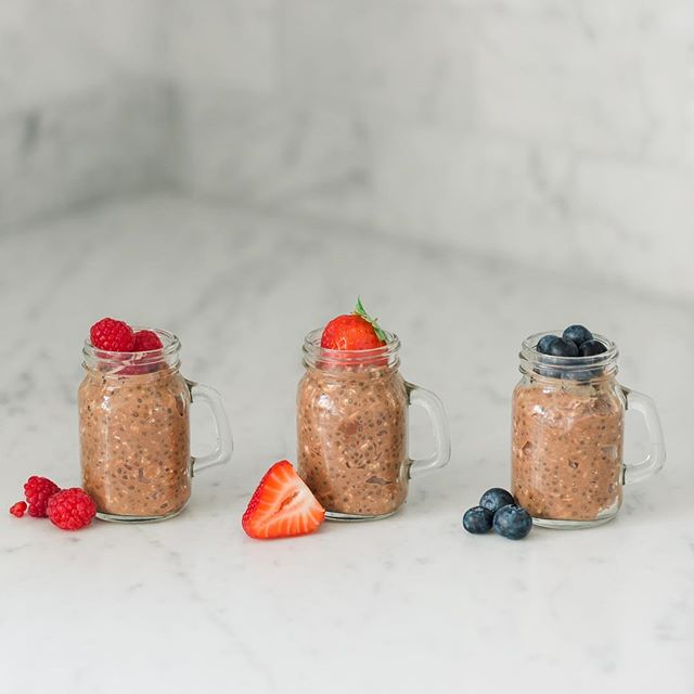 Chocolate overnight protein oats (or Proats)...on the blog today! • Ok these seriously are stinking fantastic!  If you like something slightly sweet for breakfast but also like protein so you're not hangry come 10am these bad boys are for you! • Super easy to make, last up to a week in the fridge and you can top them with whatever you like to change it up each day.  These are definitely my favorite overnight oats that I make, and I don't even consider myself to be a chocolate lover. • Recipe is on the blog, but really you can change these up a million different ways!  I used my fave @plantfusion organic chocolate protein powder and @bobsredmill gluten free oats.  It's crazy how smooth these are even with protein powder in them, it's like a dessert for breakfast! • What are your favorite overnight oats or what flavors do you think I should try next? 🍫