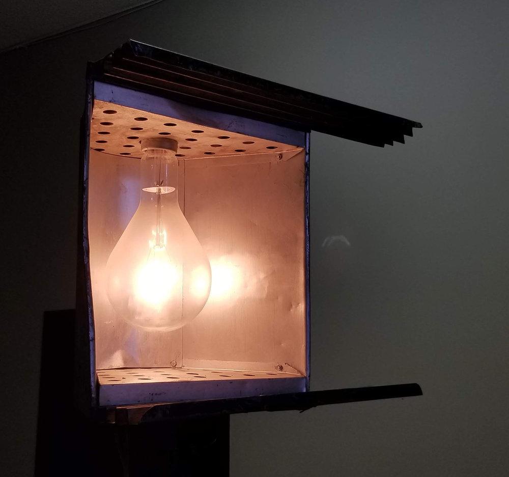 lamp10.jpg