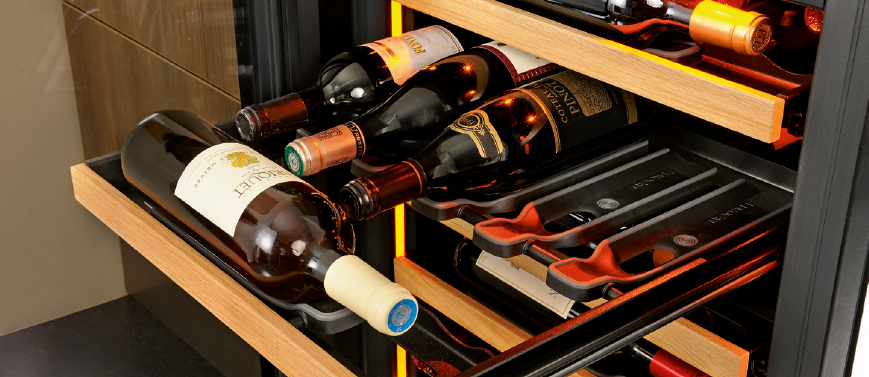 EuroCave-Wine-cabinet-Inspiration-shelves.jpg
