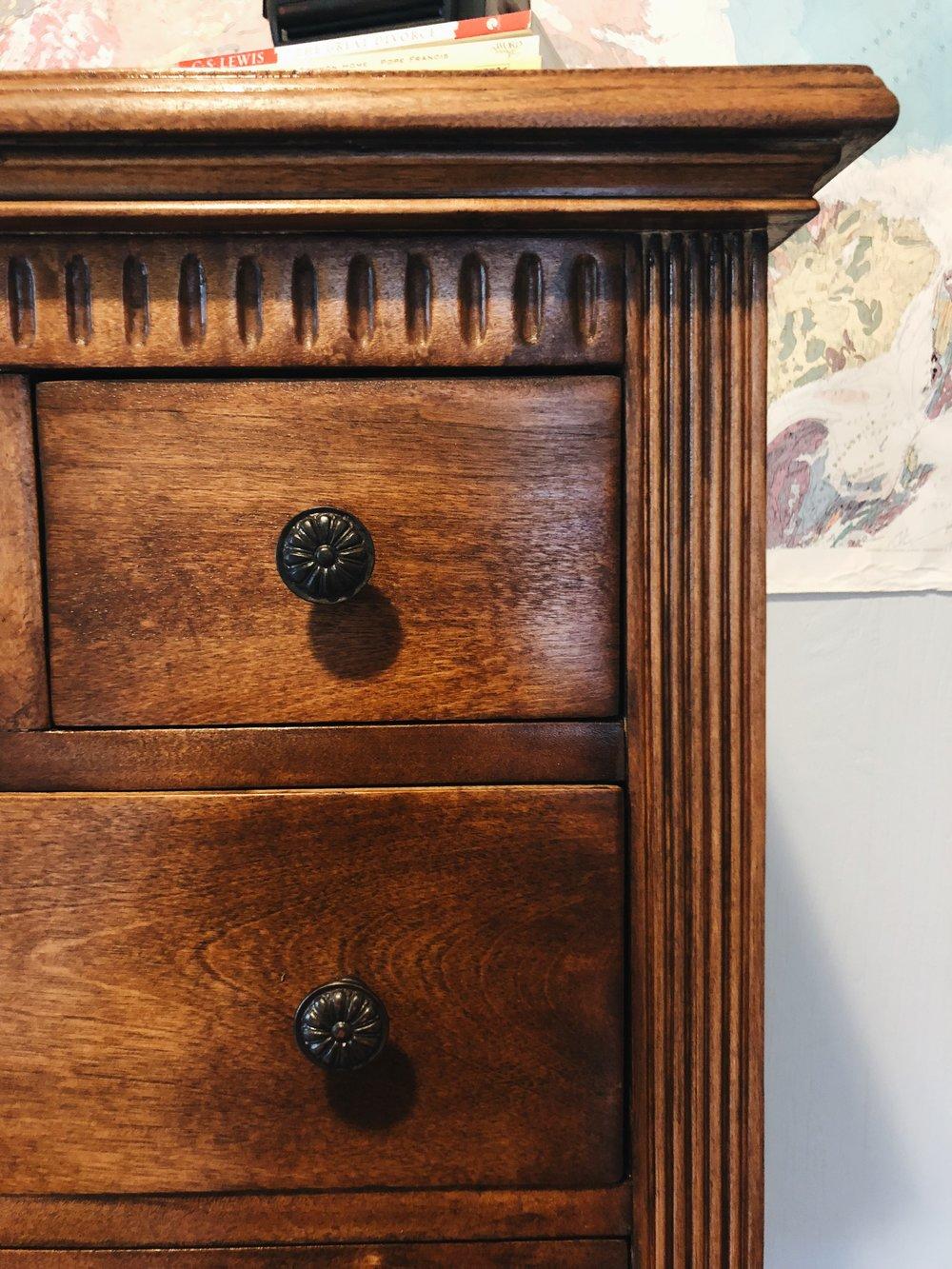 ravivé - 1920s dresser detailwork and knobs