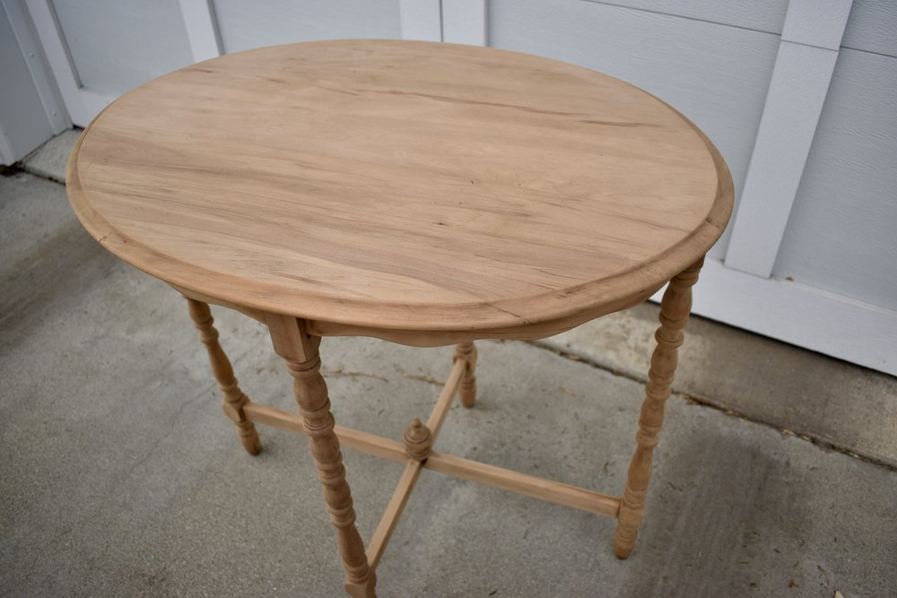 Sanded table - Ravivé Restoration