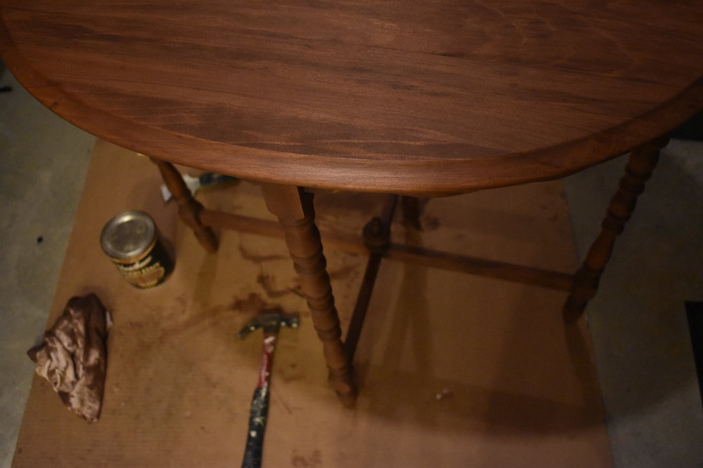 Stained tiny table - Ravivé Restoration