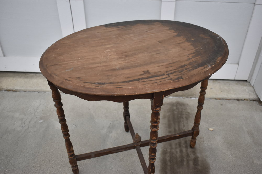 Before - tiny table - Ravivé Restoration