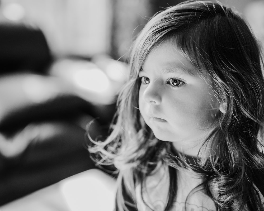 285.365 Sticking with the B&W...  These girls can just slow down on the growing up, please.  #tchapariangirllilsis #tchaparianfamily365_2018