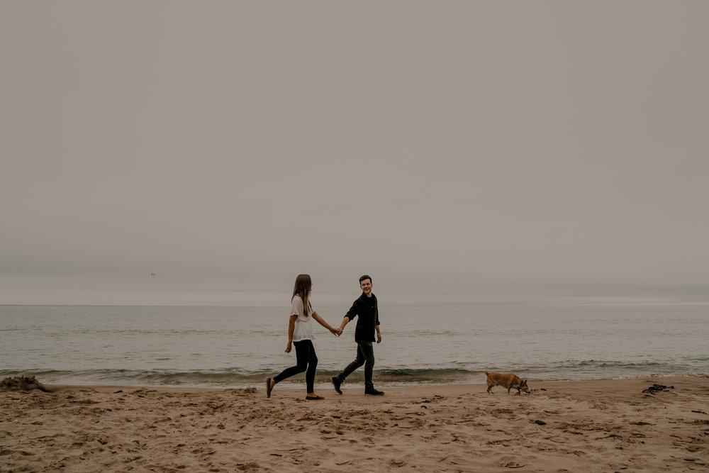 whiterocks-beach-adventure-elopement-fun-wedding-photographers-northern-ireland-the-martins-17.jpg