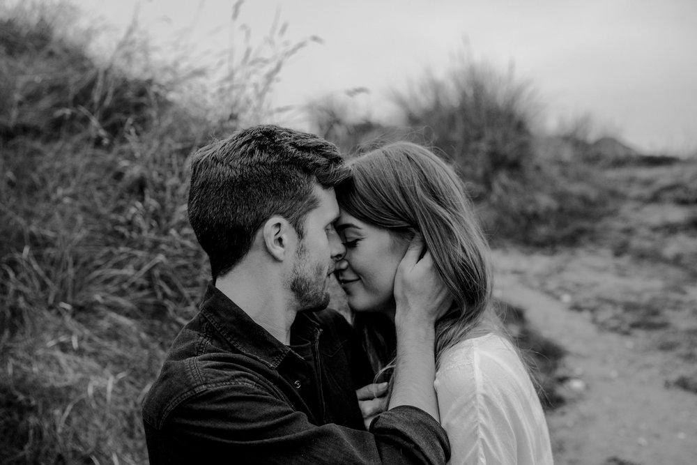 whiterocks-beach-adventure-elopement-fun-wedding-photographers-northern-ireland-the-martins-109.jpg