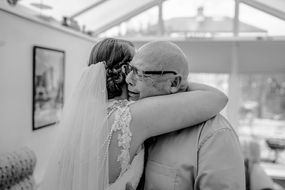 emotional-moment-father-of-bride-first-look