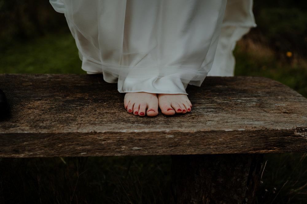 barefoot bride boho halfpeeny london wedding dress lissanoure castle
