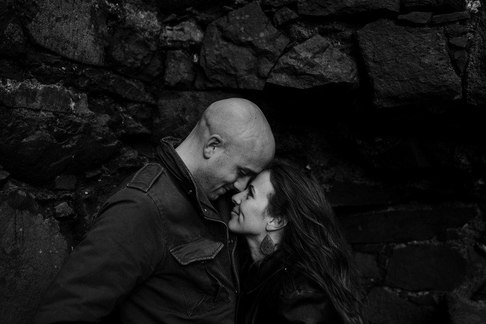kinbane-castle-adventure-elopement-photographers-ireland-170.jpg