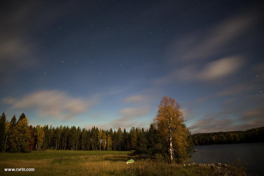 Les aurores étaient super discrètes ce soir-là…  Sigma ART 20mm • Canon 6D