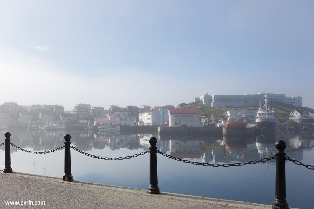 Port de Honningsvåg au petit matin.