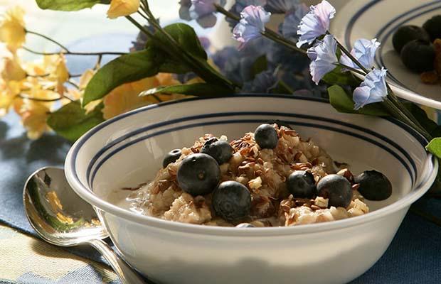 Source: Maple Oatmeal with Quinoa, SaskFlax.com