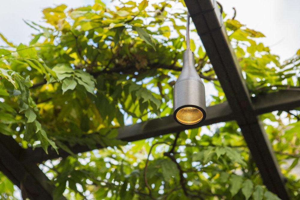 30412292406-coastal-source-hanging-light.jpg