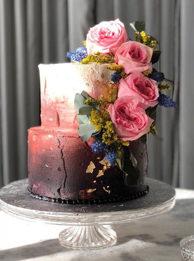 Cake:  ECBG Cake Studio  Credit:  Elizabeth Nord