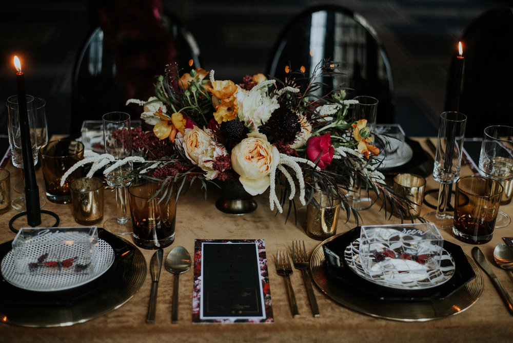 Planning and Coordination by  Olive Fine Weddings & Events , Event Design, Styling, Stationery, Signage by  Stone Fruit , Photography by  Allie Appel Photography , Rentals from  Tablescapes Chicago , Velvet Linen from  BBJ Linen  and Florals by  Persephone Floral Atelier