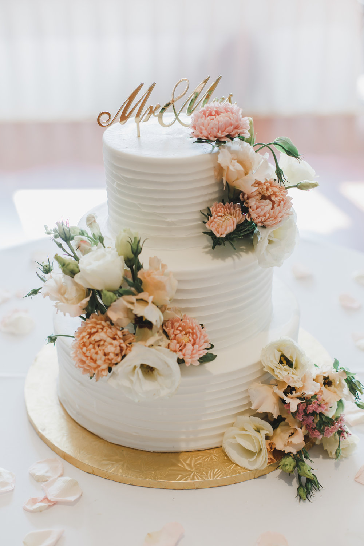 Peach Flower Wedding Cake Chicago Wedding Grey Garden Creative