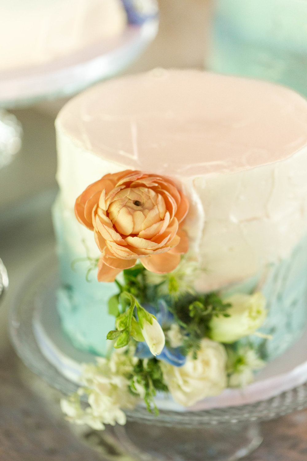One Tier Blue and White Marble Chicago Wedding Cake Hors d'oeuvres Chicago Wedding Reception Meghan McCarthy Photography